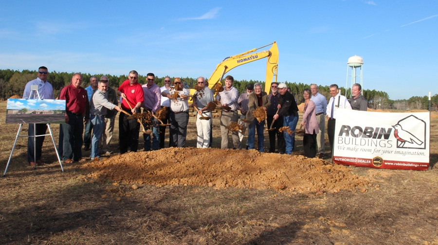 Robin Builders Breaks Ground at New Site