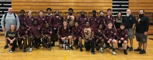 VHS Wrestling Competes At Jeff Davis
